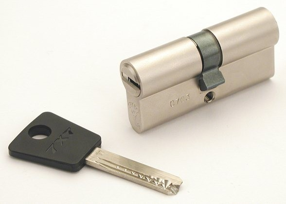Bezpečnostní cylindrická vložka MUL-T-LOCK 7x7