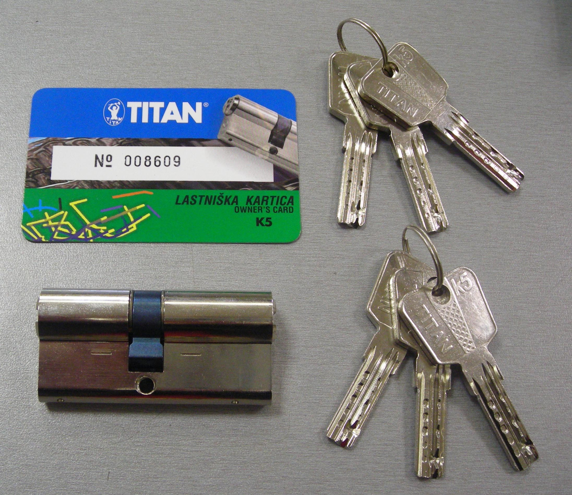 TITAN K5-35+55, se 6 klíči
